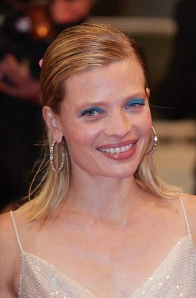 Très en beauté, Mélanie Thierry n'a pas boudé son plaisir de monter les marches du Festival de Cannes.