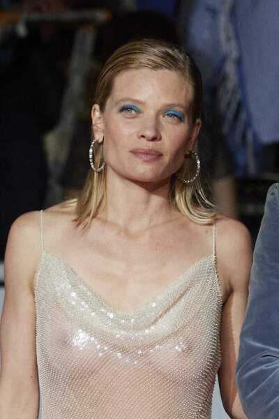 Mélanie Thierry a fait une apparition remarquée en robe Celine au Festival de Cannes.