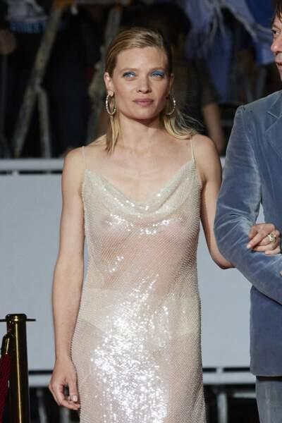 Mélanie Thierry, sublime, était vêtue d'une robe tout en transparence.