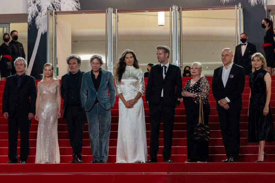 Melanie Thierry, ravissante, aux côtés de Maïwenn, Josiane Balasko et Galatéa Bellugi.