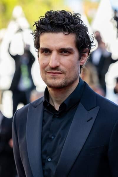 """Louis Garrel, un des héros du film """"L'histoire de ma femme"""", sur le tapis rouge du Festival de Cannes le 14 juillet 2021"""