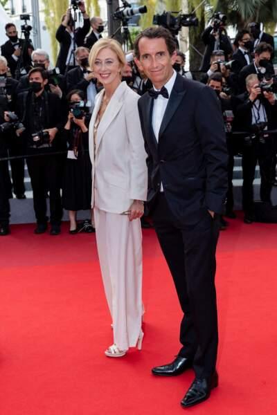 Alexandre Bompard et sa femme Charlotte ont été aperçus sur les marches du Palais des festivals de Cannes.