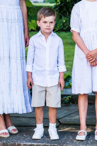 Victoria de Suède en famille pour ses 44 ans : son fils le prince Oscar se fait remarquer