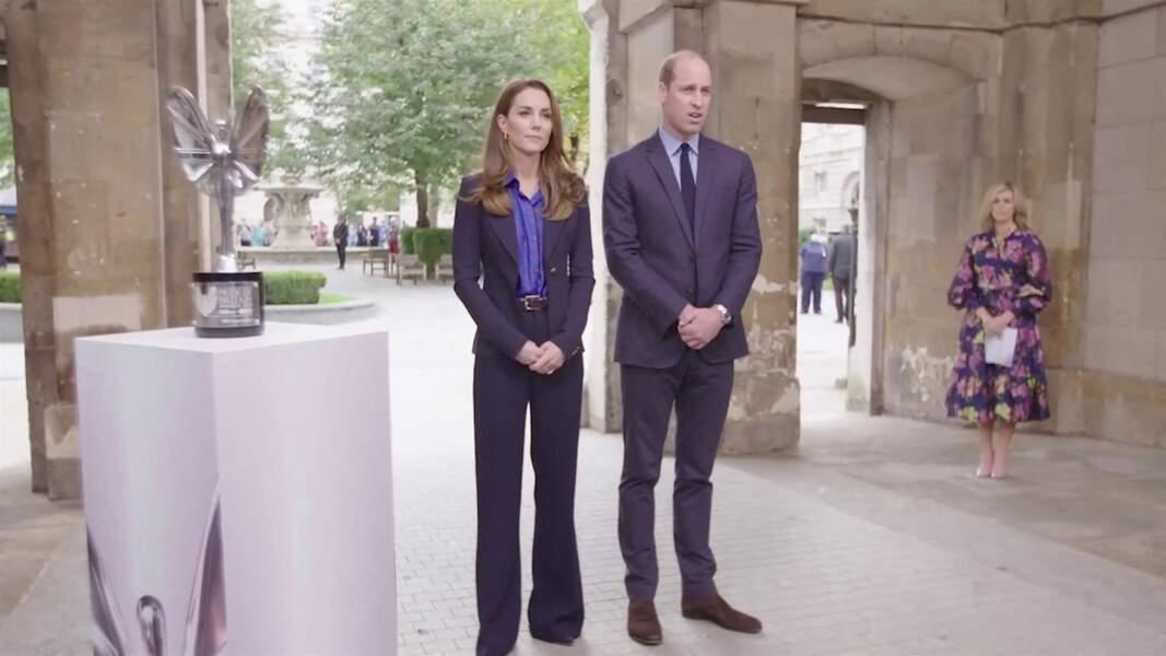 Kate Middleton et son époux le prince William participent à une interview pour remercier les équipes médicales du National Health Service, à Londres, le 3 novembre 2020