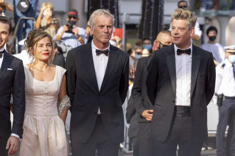 Benjamin Biolay, aux côtés de l'équipe du film « France », heureux de retrouver son public à Cannes.