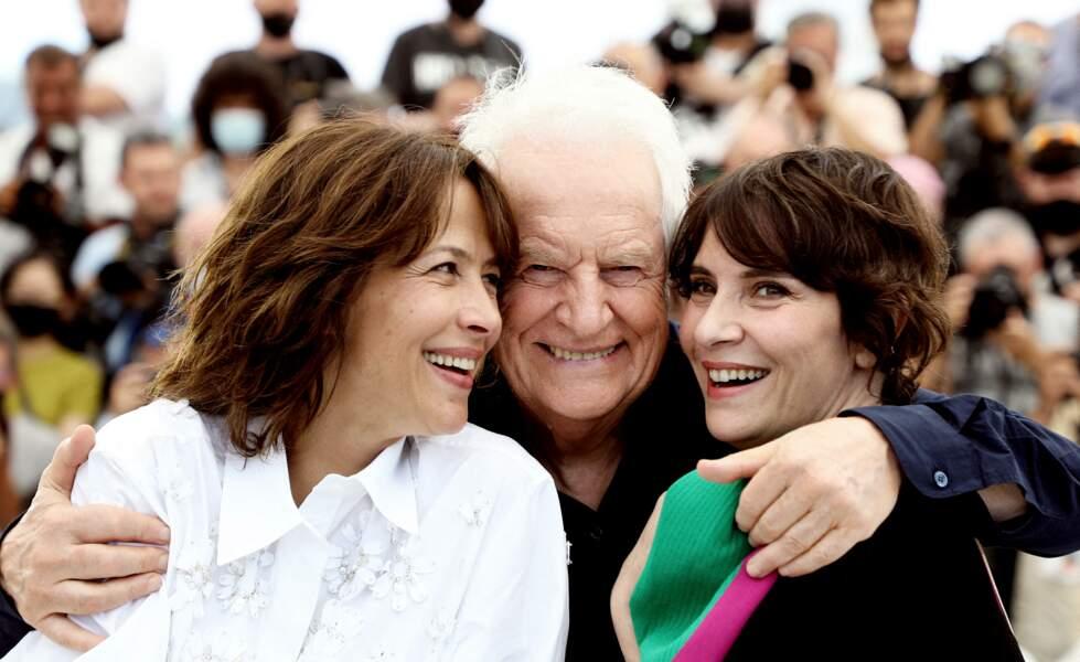 Sophie Marceau fière et comblée aux côtés d'André Dussollier et Géraldine Pailhas.