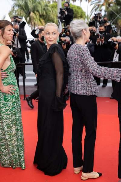 Emmanuelle Béart n'a pas manqué d'attirer tous les photographes.