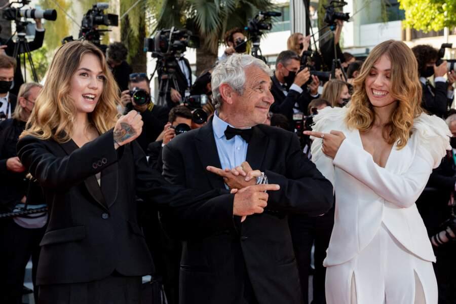 La bonne humeur était au rendez-vous entre Michel Boujenah et sa fille Louise, côte-à-côte pour monter les marches du Festival de Cannes