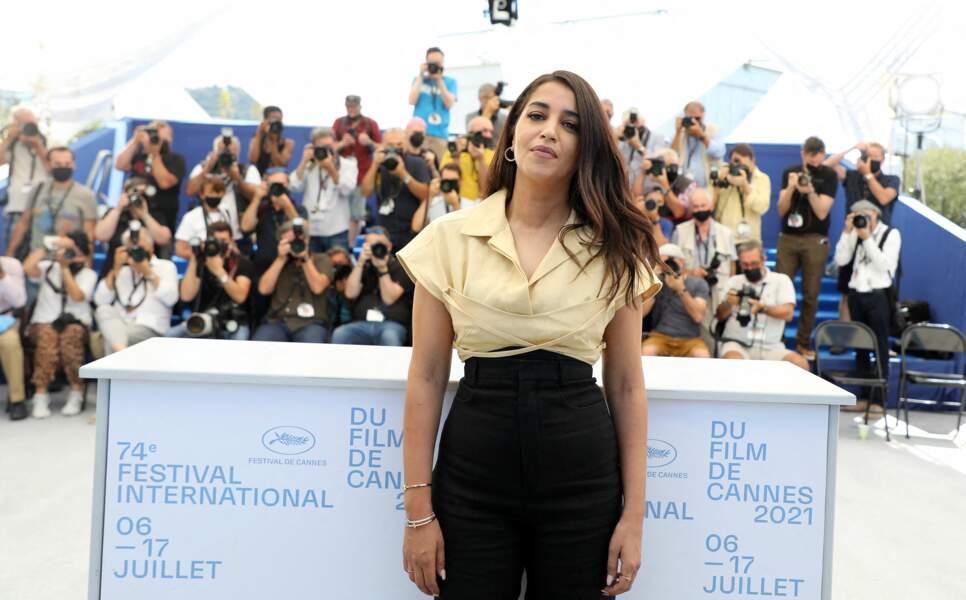 L'actrice Leïla Bekhti a profité du Festival de Cannes, comme ici lors du  photocall du film Les Intranquilles, le 17 juillet