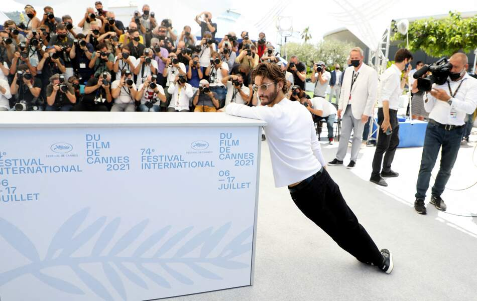 Plus aucune limité pour Pierre Niney au Festival de Cannes, ce 17 juillet
