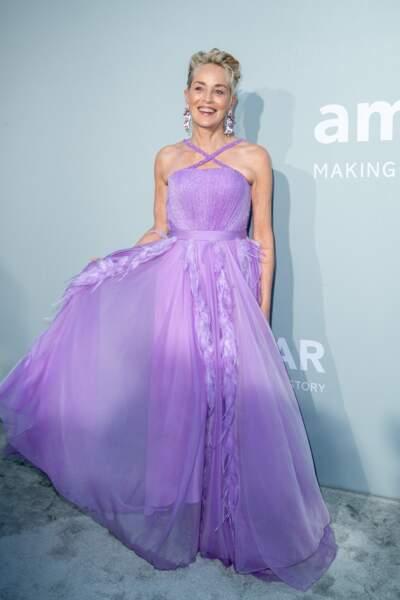 Sharon Stone lors du photocall de la soirée du gala de l'amfAR à la Villa Eilen Roc au Cap d'Antibes, ce 16 juillet