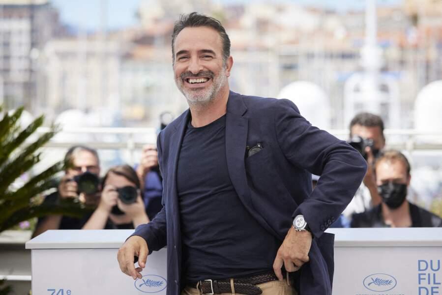 Jean Dujardin est apparu souriant au photocall du film Oss 117, ce 17 juillet