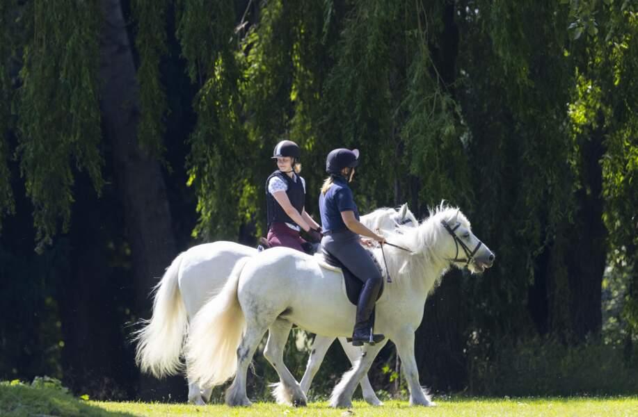Lady Louise Windsor toujours autant passionnée par le sport équestre, ce 17 juillet dans le parc du château de Windsor