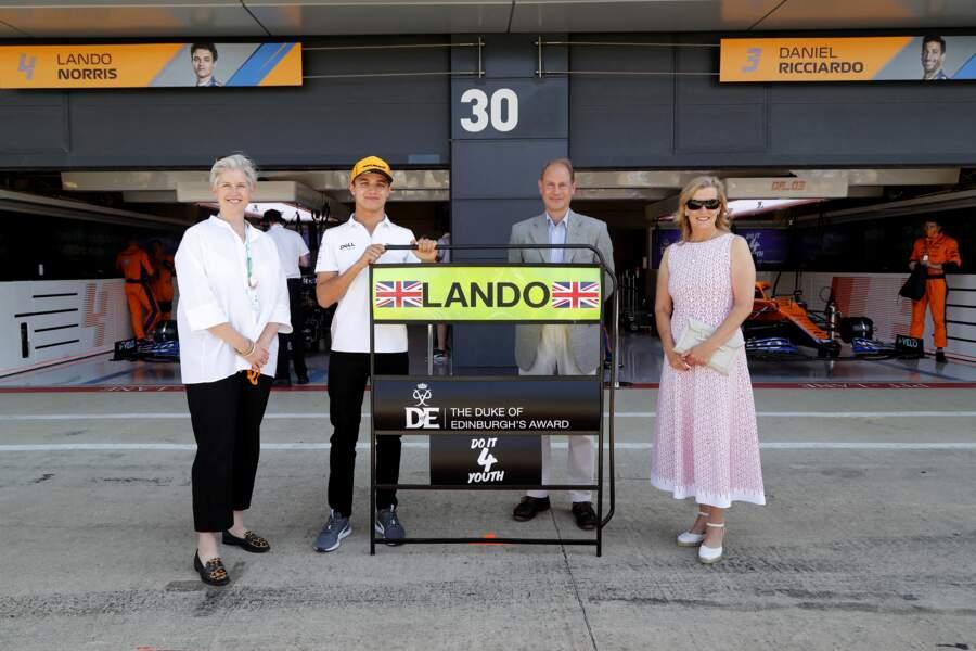 Le Prince Edward et Sophie de Wessex se rendent au garage McLaren ce dimanche 18 juillet