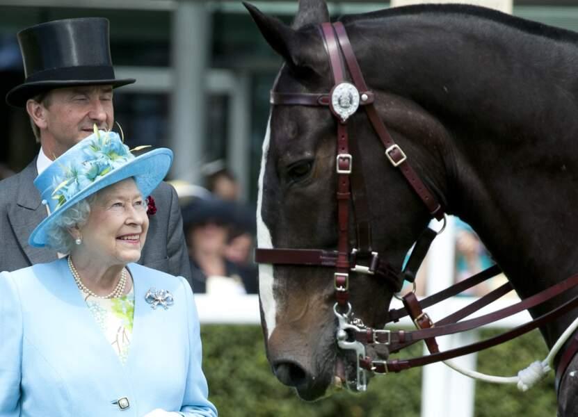 La reine est présente le dernier jour de la course Royal Ascot, en 2011
