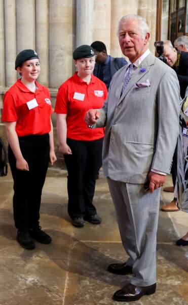 Le prince Charles visite la cathédrale d'Exeter, dans le Devon, le 19 juillet 2021