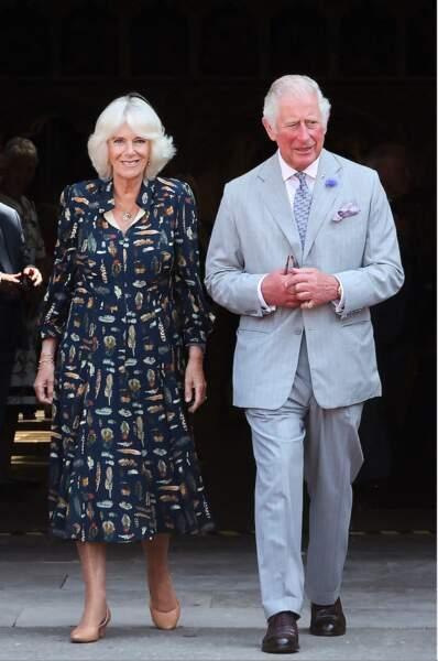 Lors de leur visite officielle dans le Devon, le prince Charles et son épouse Camilla Parker Bowles ont été accueillis chaleureusement par les habitants du Devon, le 19 juillet 2021