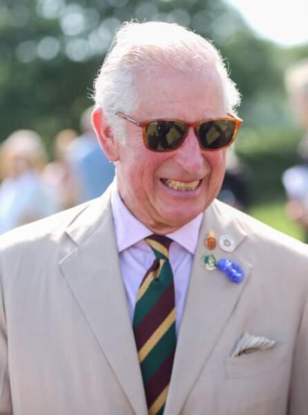 """Le prince Charles décontracté et élégant pour parcourir les stands du """"Great Yorkshire Show"""" à Harrogate, le 15 juillet 2021"""