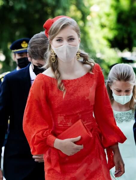 Elle était vêtue d'une robe de la marque belge Natan Couture.
