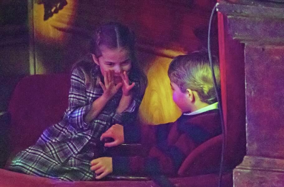 Le prince George et la princesse Charlotte ne sont jamais à court d'idées lorsqu'il s'agit de s'amuser !
