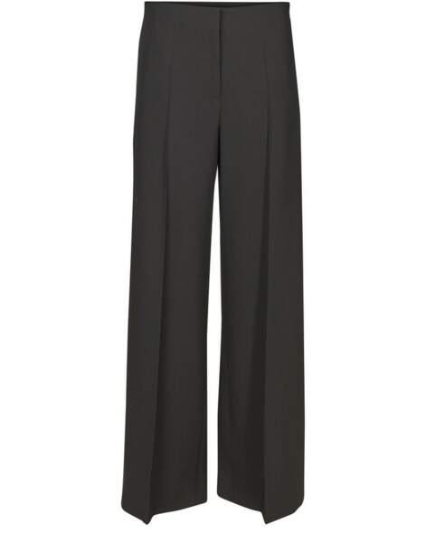 Pantalon taille haute, 483€, Loewe sur 24s.