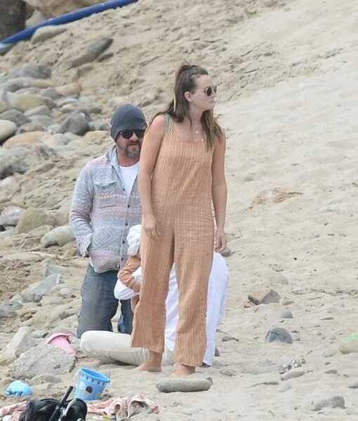 Incognito, Leighton Meester et son mari Adam Brody ont emmené leur petit garçon pour une virée à la mer. Sensations fortes garanties !
