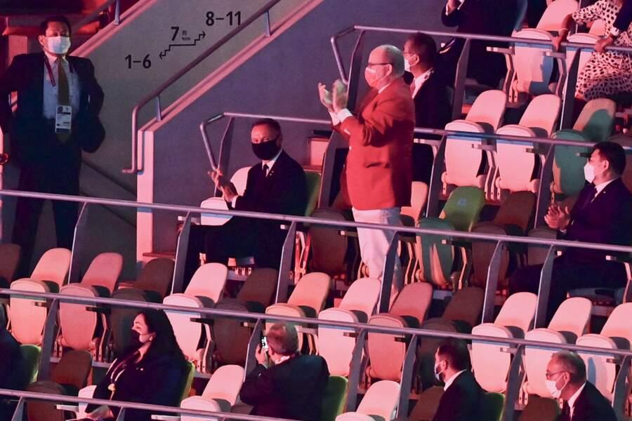 Pas très loin de Jill Biden et d'Emmanuel Macron, le prince Albert II de Monaco a également été convié à la cérémonie d'ouverture des Jeux Olympiques de Tokyo 2020, le 23 juillet