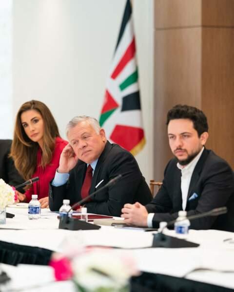 Rania de Jordanie, son fils le prince Hussein et son mari le roi Abdallah II étaient réunis à Washington pour leur première visite depuis trois ans.