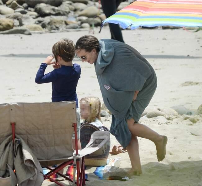 Le 24 avril 2021 a été l'occasion pour Leighton Meester et son mari Adam Brody de s'offrir une belle journée en famille, sur la plage de Malibu, avec leur fille de 4 ans.