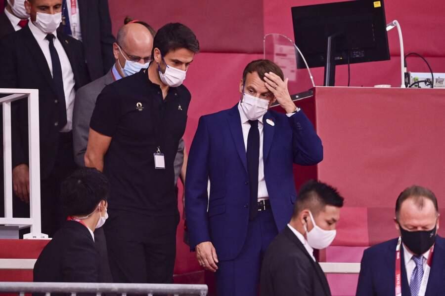 Emmanuel Macron a rejoint Jill Biden pour partager ensemble la cérémonie d'ouverture des Jeux Olympiques de Tokyo 2020, le 23 juillet