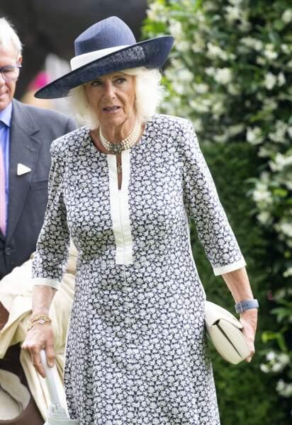 Camilla Parker Bowles est venue au King George Diamond Weekend sans le prince Charles.
