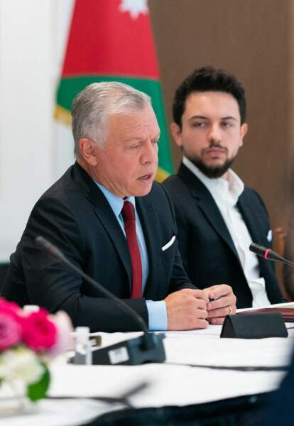 Lors de leur visite américaine, le roi Abdallah II et son fils Hussein de Jordanie ont assisté à une réunion, à Washington, le 23 juillet.