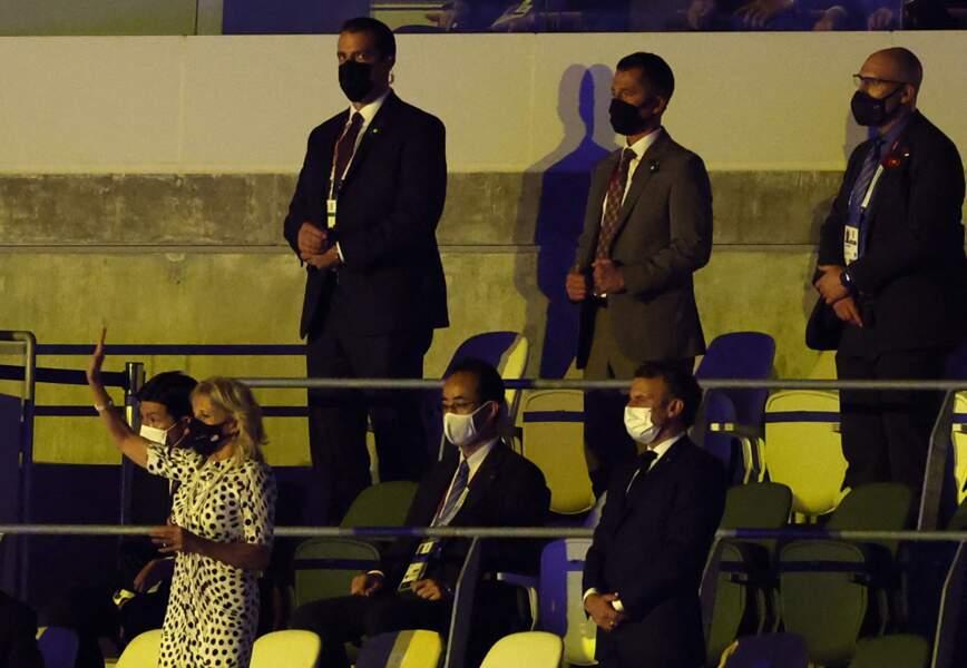 Pour immortaliser le moment, Emmanuel Macron a pris des photos pendant la cérémonie d'ouverture des JO, de Tokyo, ce 23 juillet