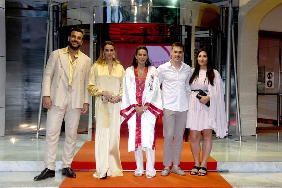 La princesse Stéphanie de Monaco a été photographiée avec ses enfants et leurs partenaires au gala de Fight Aids Monaco, le 24 juillet