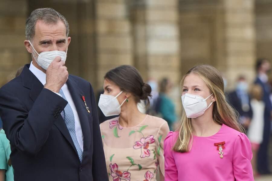 La princesse Leonor aux côtés de ses parents, le roi Felipe VI et la reine, le jour de la Saint-Jacques, à la cathédrale de Santiago à Saint-Jacques-de-Compostelle, le 25 juillet