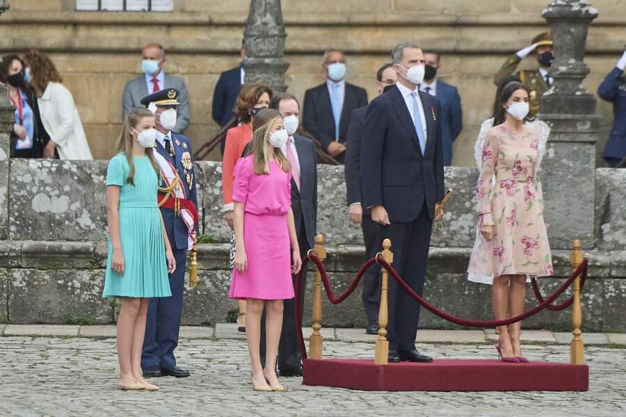La princesse Leonor, le roi Felipe VI, la reine Letizia d'Espagne et l'infante Sofia d'Espagne célèbre la fête nationale de la Galice, le jour de la Saint-Jacques, à la cathédrale de Santiago à Saint-Jacques-de-Compostelle, le 25 juillet