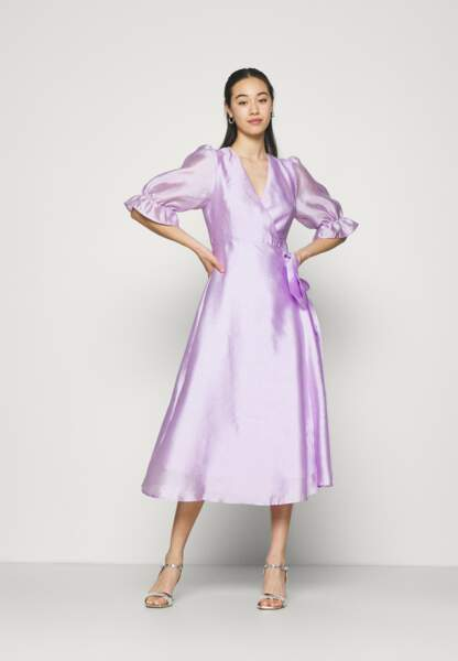 Robe de soirée, 49,99€, Gina Tricot sur Zalando