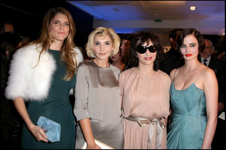 Alice Taglioni, Clotilde Courau, Juliette Binoche et Eva Green très chic à l'inauguration de la boutique Montblanc à Paris.