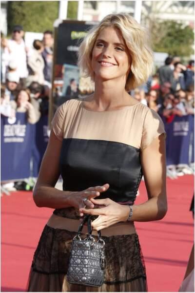 Alice Taglioni en 2012 : carré blond polaire au festival de Deauville