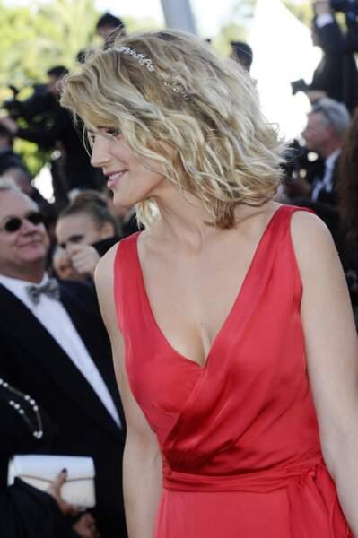 Alice Taglioni en 2013 : ravissante avec un carré ondulé et un serre-tête Montblanc au festival de Cannes