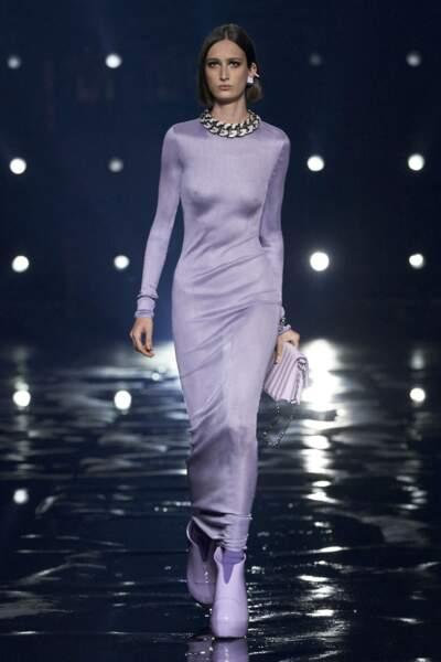 Le lilas règne en maître au défilé  Automne Hiver 2021-2022 de Givenchy