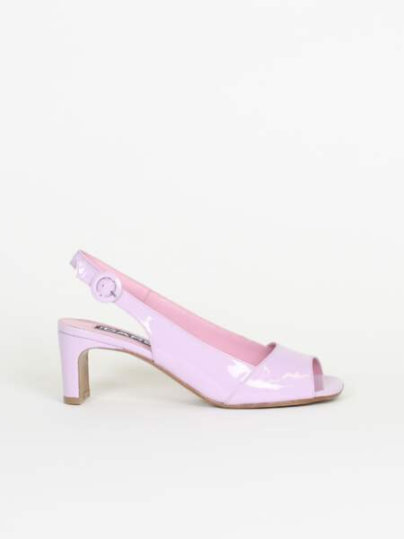 Sandales cuir verni lilas, 255€, Carel