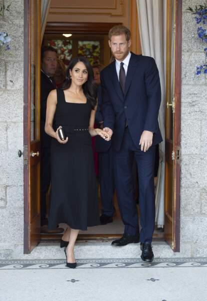 Meghan Markle, duchesse de Sussex en petite robe noire chic