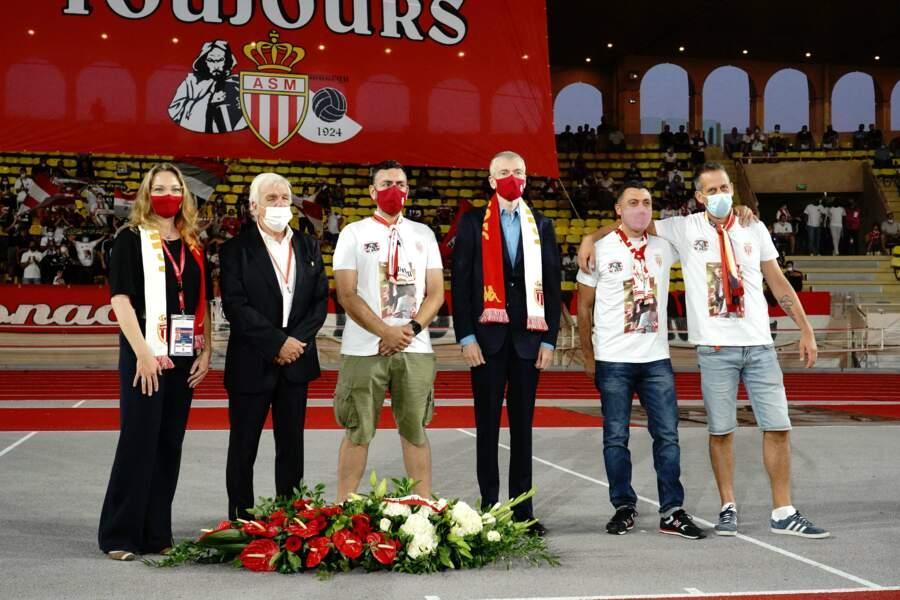 Le prince Albert a également assistait au dépôt de gerbe en l'honneur Jean-Paul Chaude, le président des supporters de l AS Monaco récemment décédé.