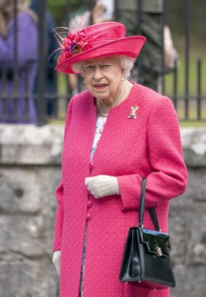 Ce premier sans son défunt époux le prince Philip, Sa Majesté le passera néanmoins là où elle se sent si bien lors de cette période estivale : à Balmoral, où elle est arrivée ce 9 août 2021