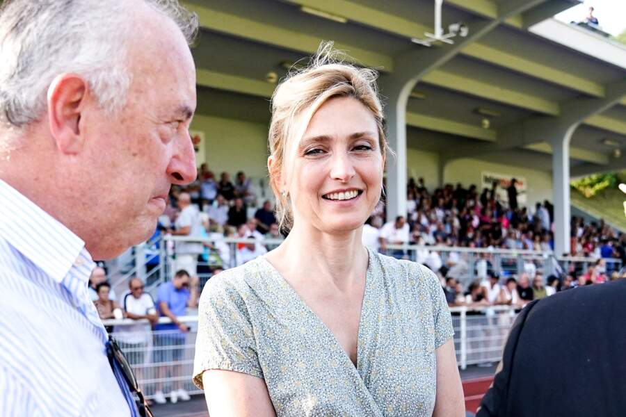 Julie Gayet et François Hollande sont apparus tout sourires lors de l'événement sportif.