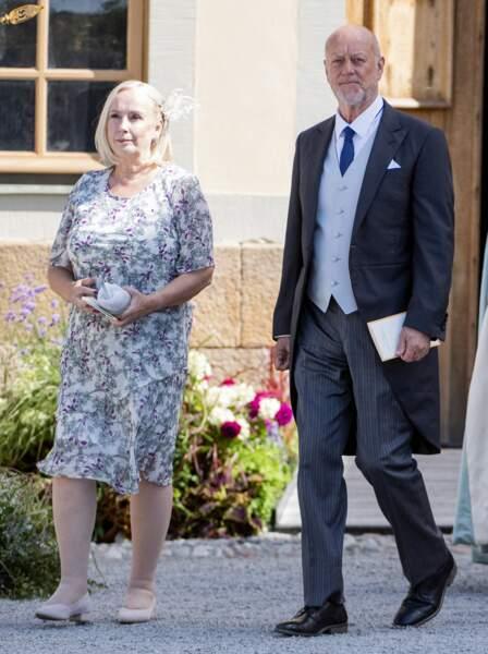 Les parents de la princesse Sofia, Erik et Marie Hellqvist, ont assisté à la cérémonie, tout comme ses sœurs.