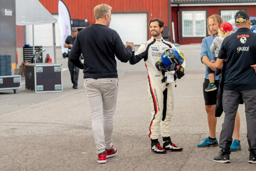 Le prince Carl Philip est un adepte des circuits automobiles suédois.