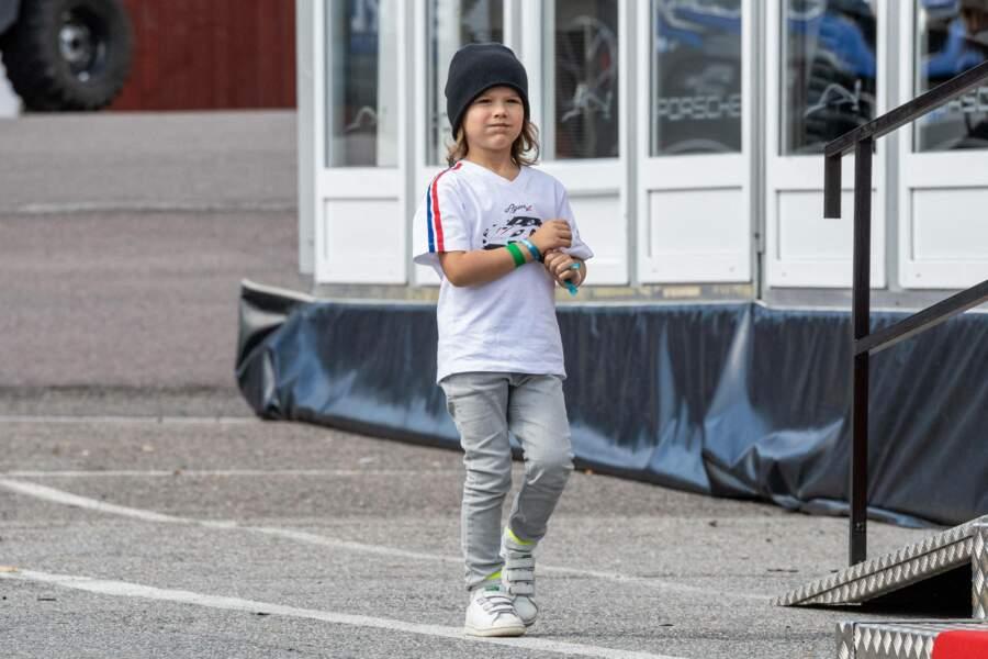 Le prince Alexander, 5 ans, était présent dans les coulisses.