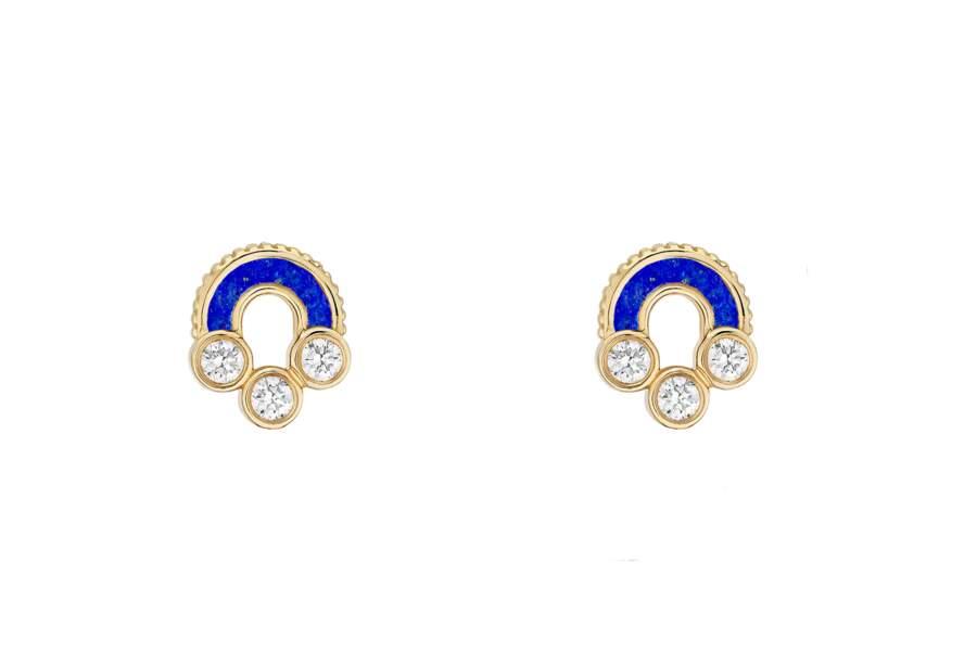 Boucles d'oreilles en lapis lazuli, collection Magnetic, Viltier, 2650€.